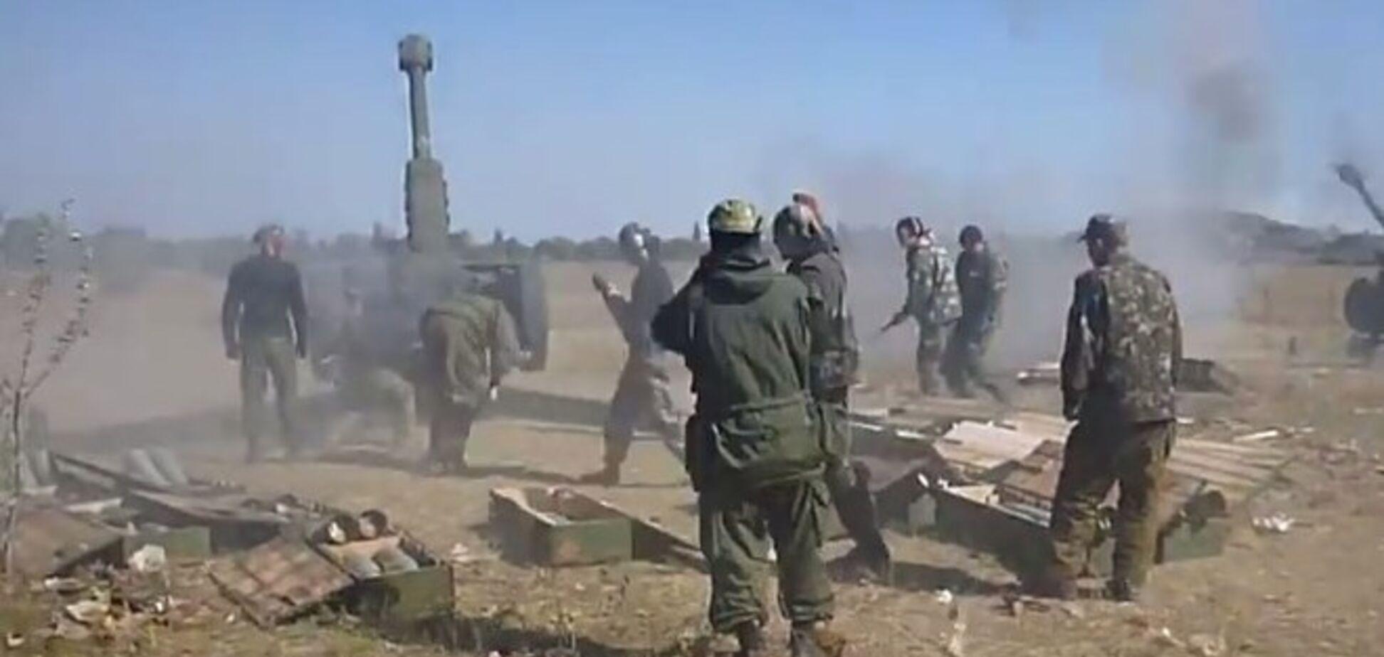 Российские наемники 'ЛНР' сняли на видео артобстрел позиций украинских военных