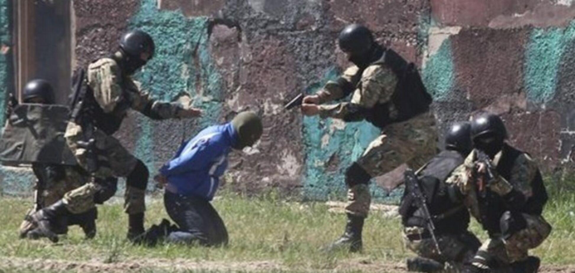СБУ задержала на Донбассе группу террористов-карателей во главе с 'начальником НКВД'