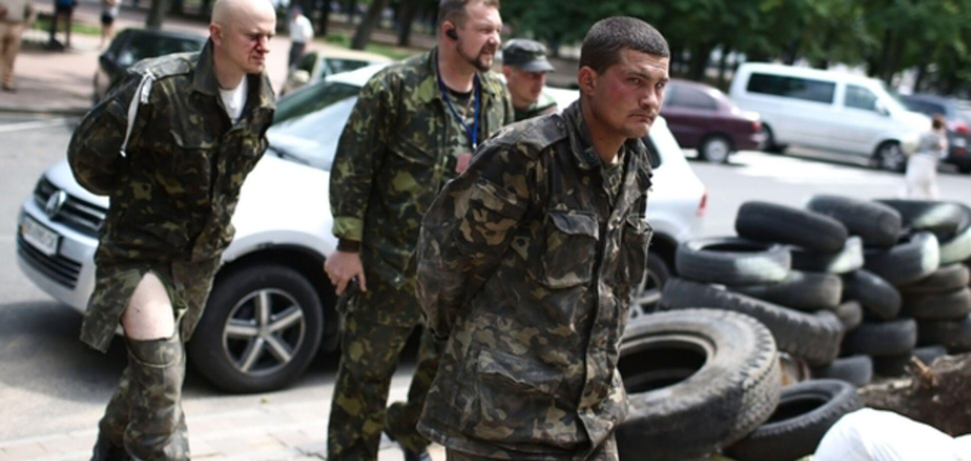 Порошенко рассказал о 30 освобожденных из плена украинских военных