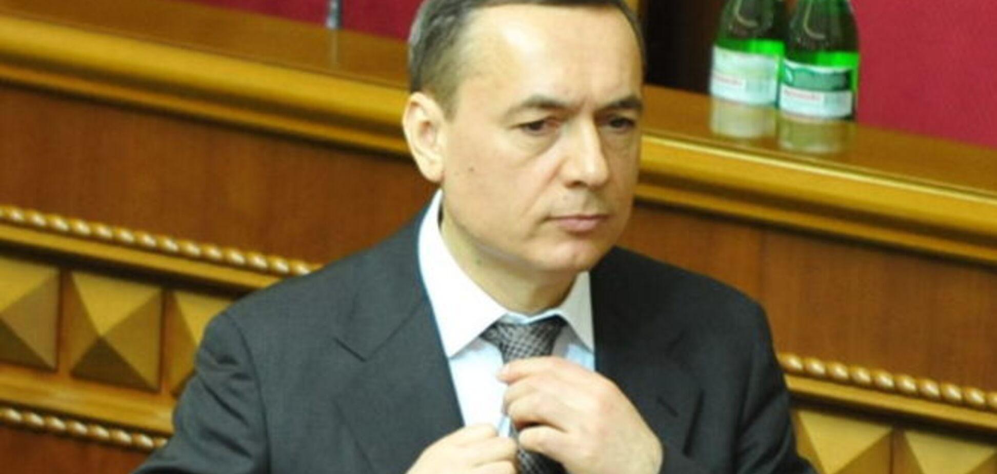 'Народный фронтовик' Николай Мартыненко наживается на закупке лекарств?