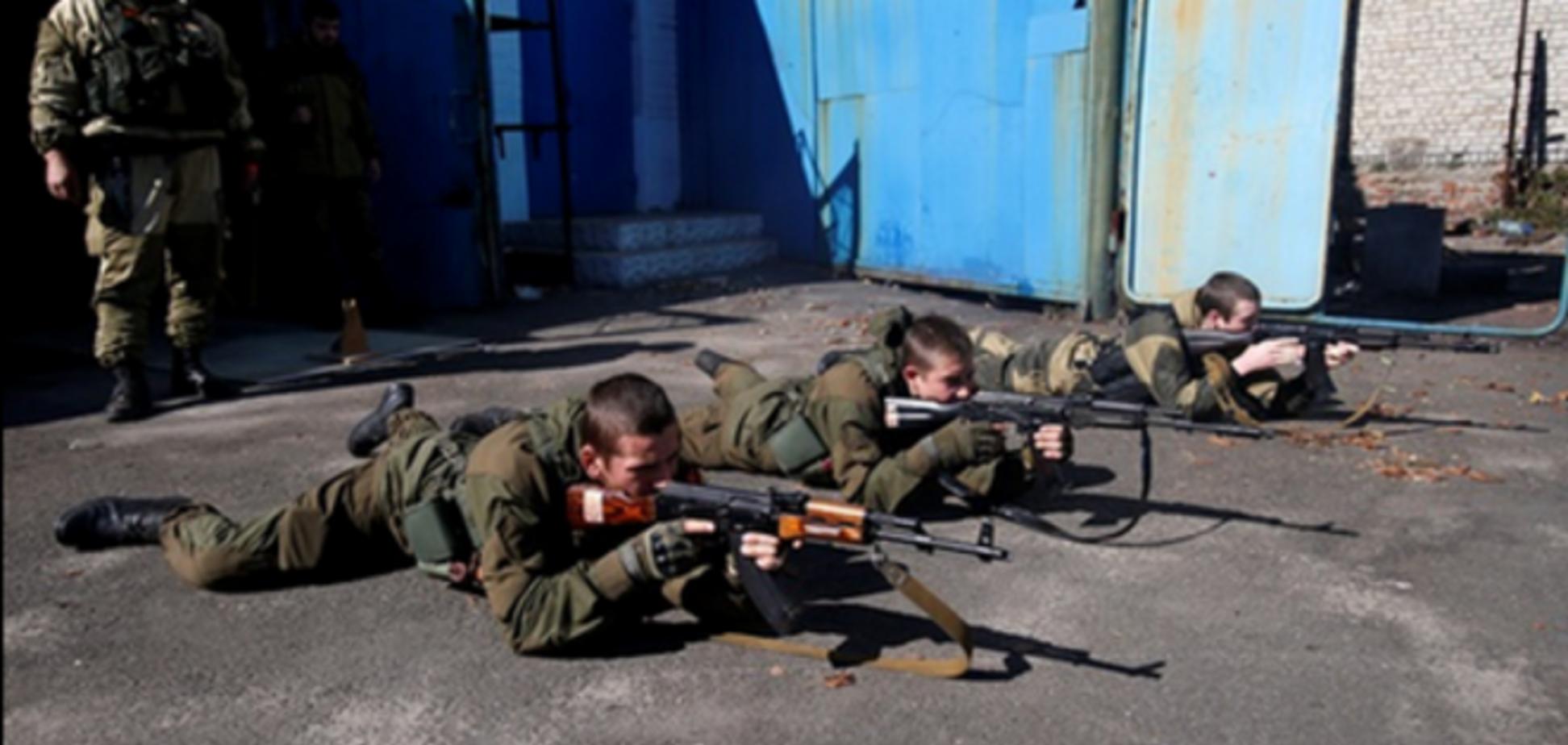 Фото тренировочного военного лагеря для детей 'ДНР' появились в сети