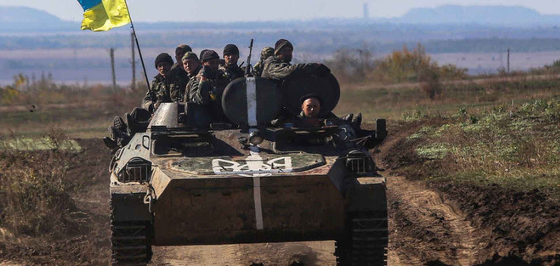 Террористы после объявления 'перемирия' уже 1000 раз обстреляли позиции сил АТО