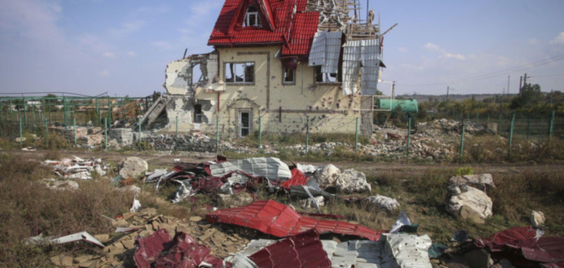 Террористы усилили атаки на донецкий аэропорт и обстреливают жилые массивы