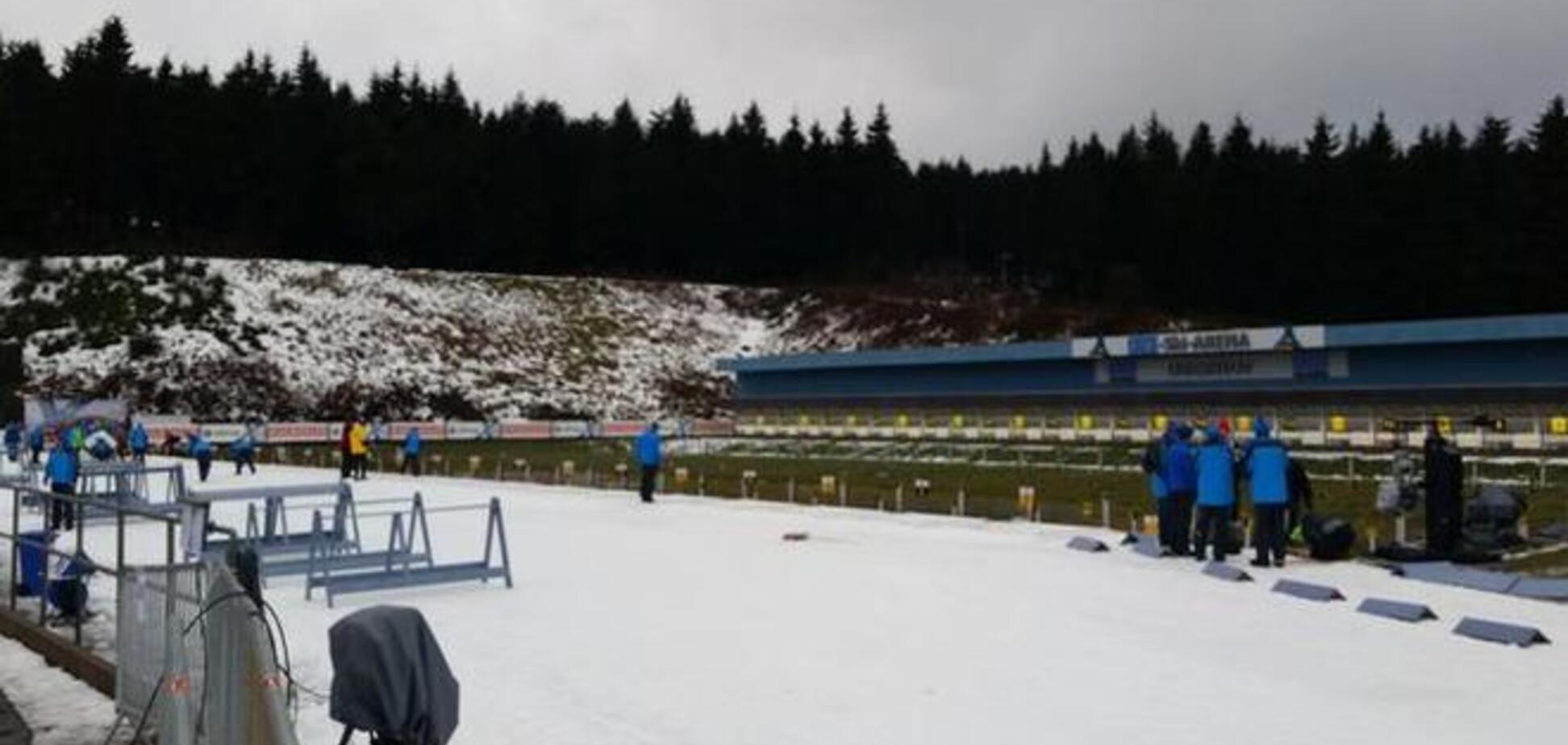 Погода сорвала старт мужского спринта на Кубке мира по биатлону