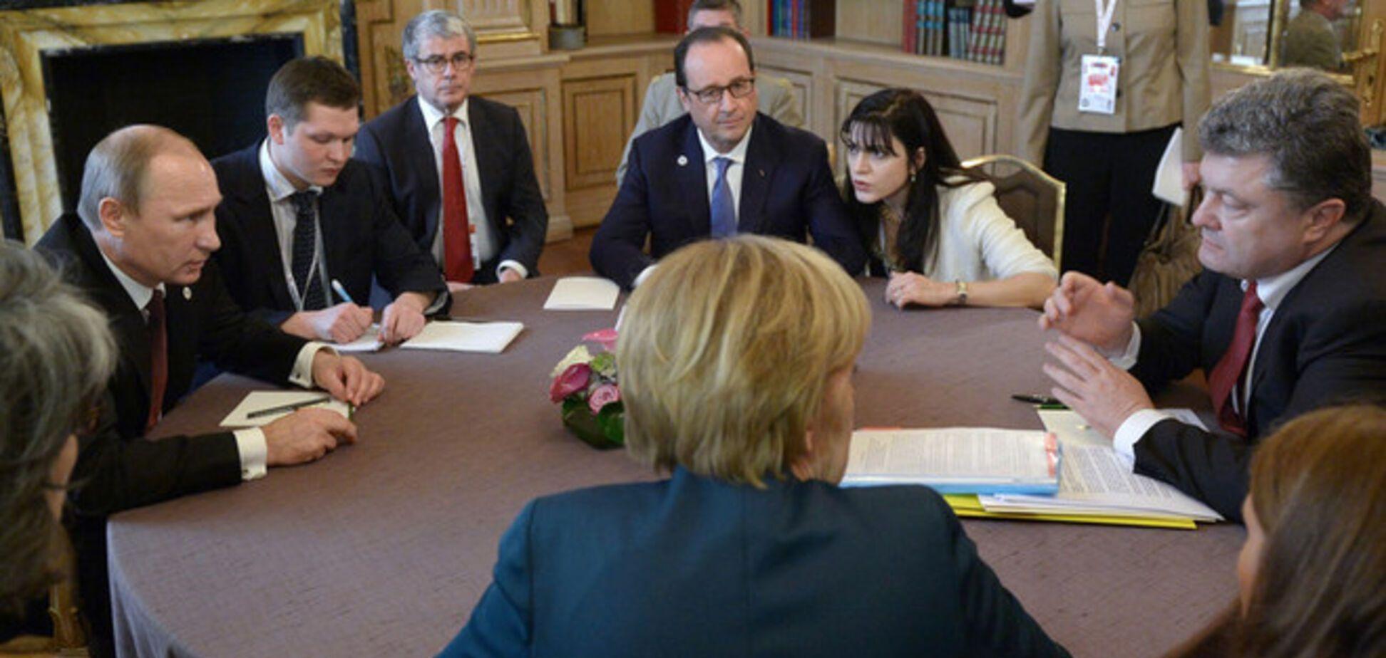 Переговоры Порошенко, Меркель, Олланда и Путина отложены на несколько недель