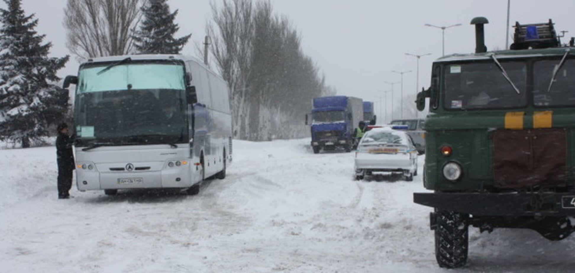 Відновлено рух по трасі Донецьк-Маріуполь, припинений після теракту в Волновасі