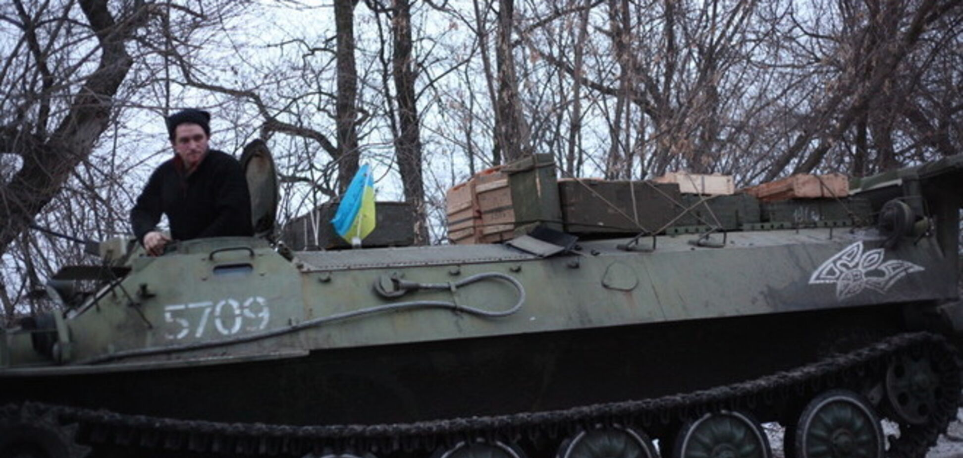 'Киборги' получили подкрепление и боеприпасы: бои продолжаются