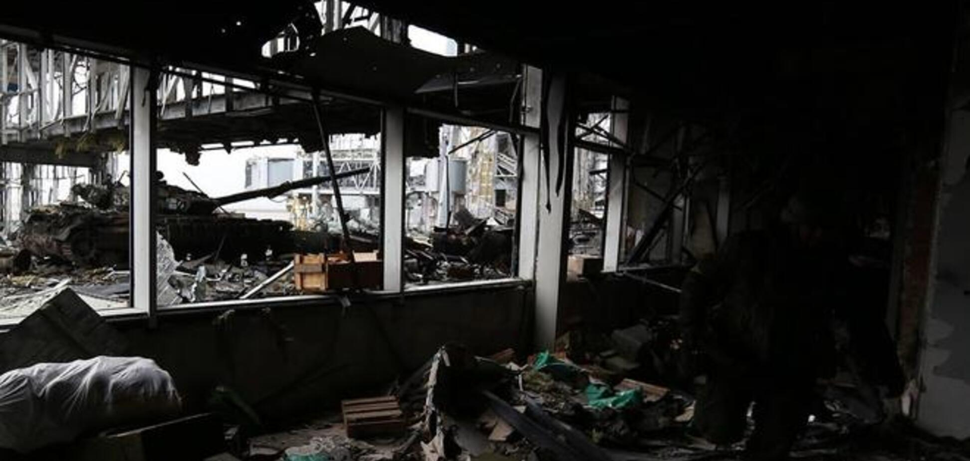В бою за донецкий аэропорт погибли шесть 'киборгов', 16 ранены и пленены террористами