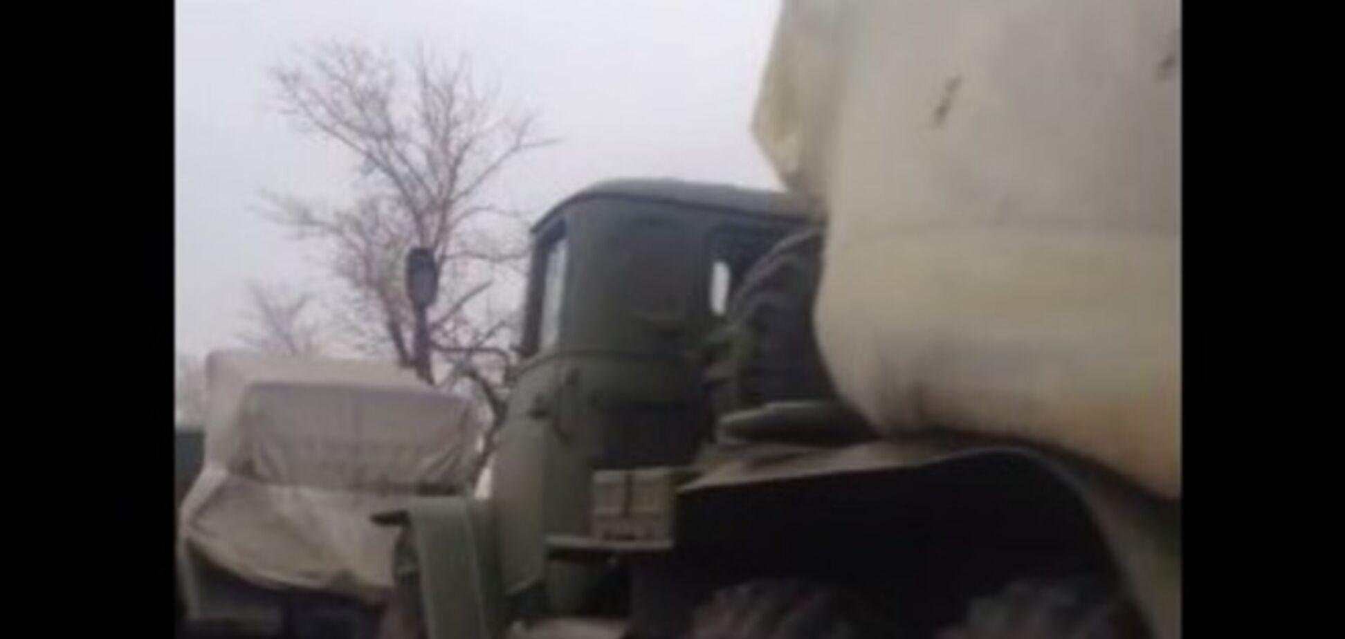 В Донецк вошла многочисленная колонна 'Градов': опубликовано видео