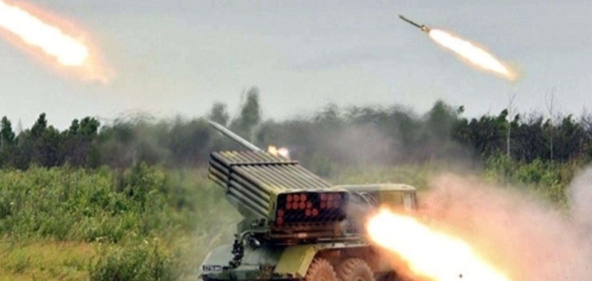 Боевики выпустили 40 снарядов на жилые кварталы Золотого, 'Градами' накрыли Попасную