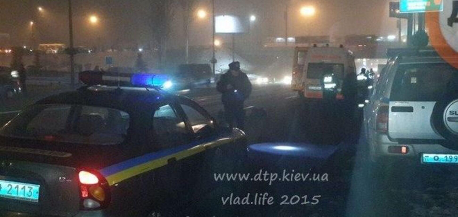 В Киеве маршрутка сбила насмерть пешехода