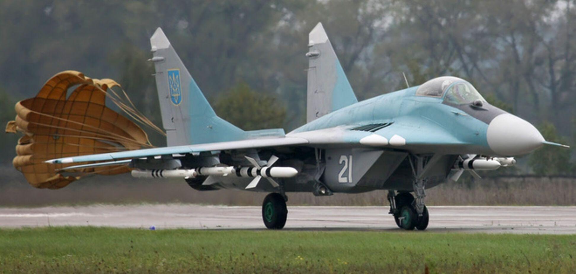 В Крыму оккупанты отрабатывают полеты в сложных метеоусловиях на украинских самолетах - СМИ