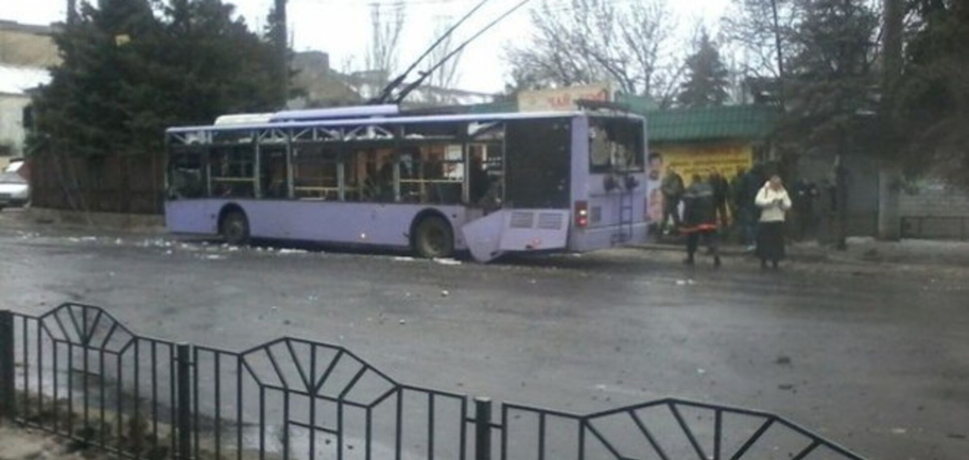 Жители Донецка рассказали, кто расстрелял троллейбус с людьми