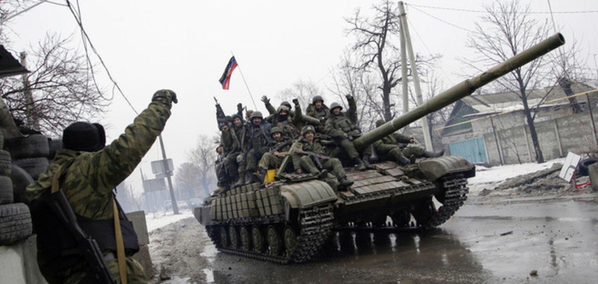 К Мариуполю пришли танки боевиков