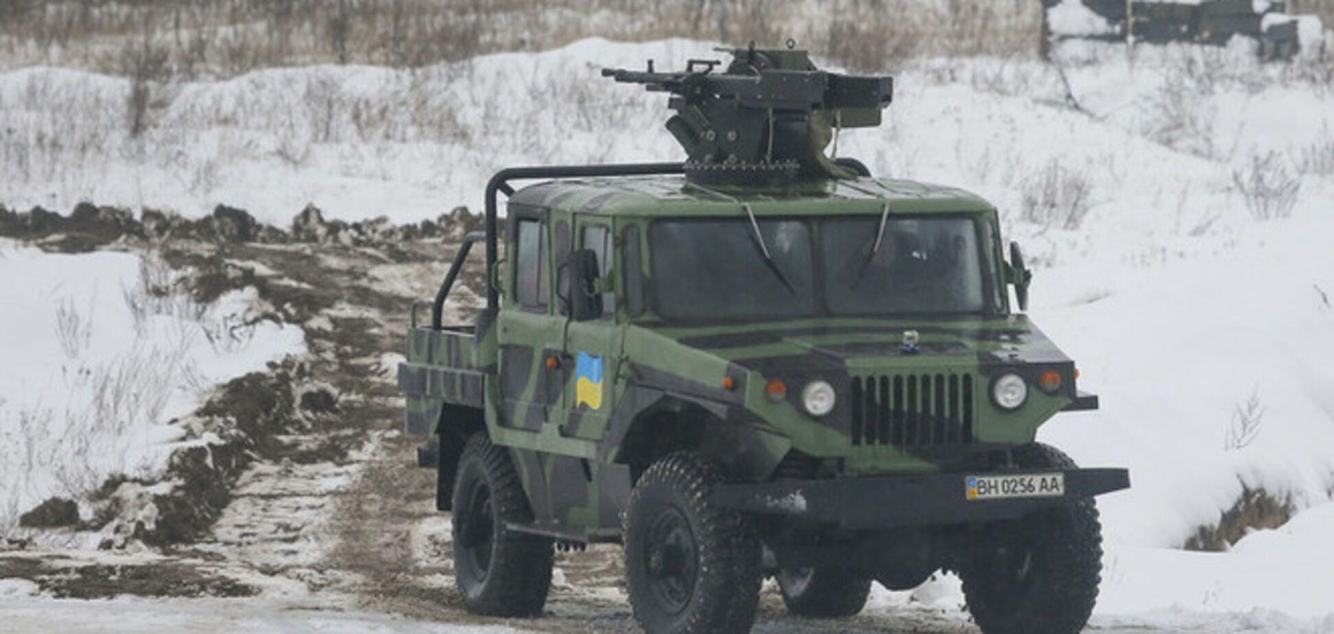 На Донбассе уничтожили технику и боеприпасы боевиков