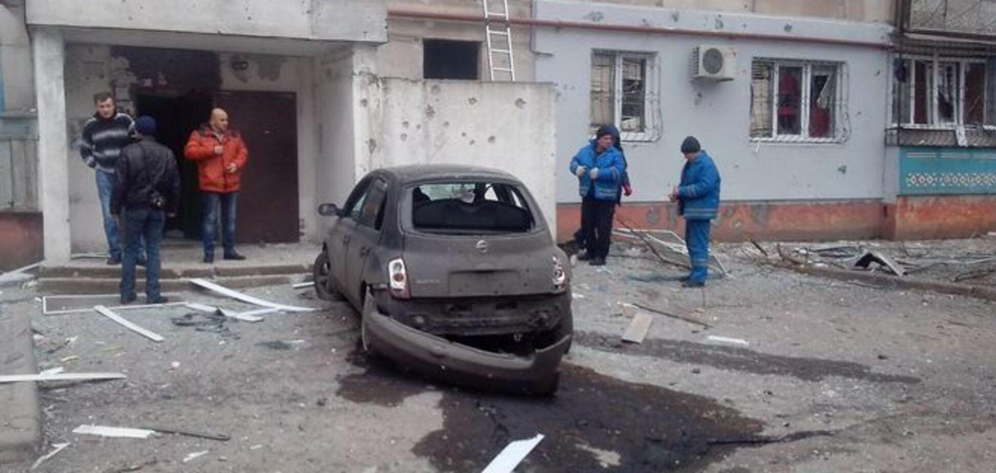 В Мариуполе подсчитали последствия обстрела, жителей эвакуируют