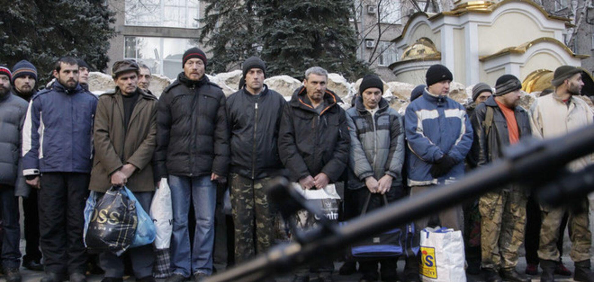 Из плена террористов освободили троих 'киборгов'