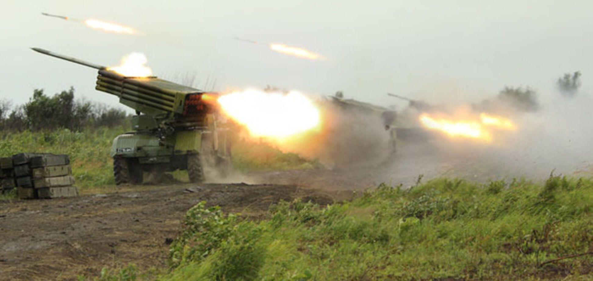 Террористы выводят 'Грады' из Новоазовска