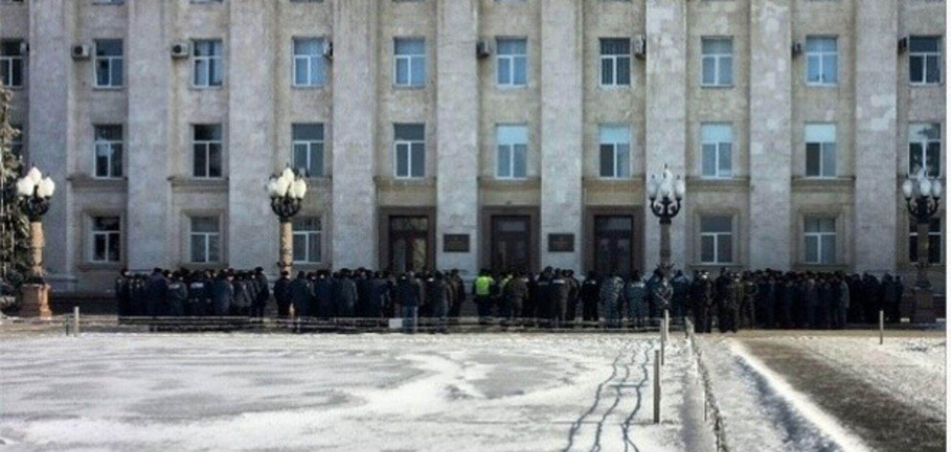 Харьков усиливает меры безопасности: под охрану взяли дороги, ж/д станции и мосты