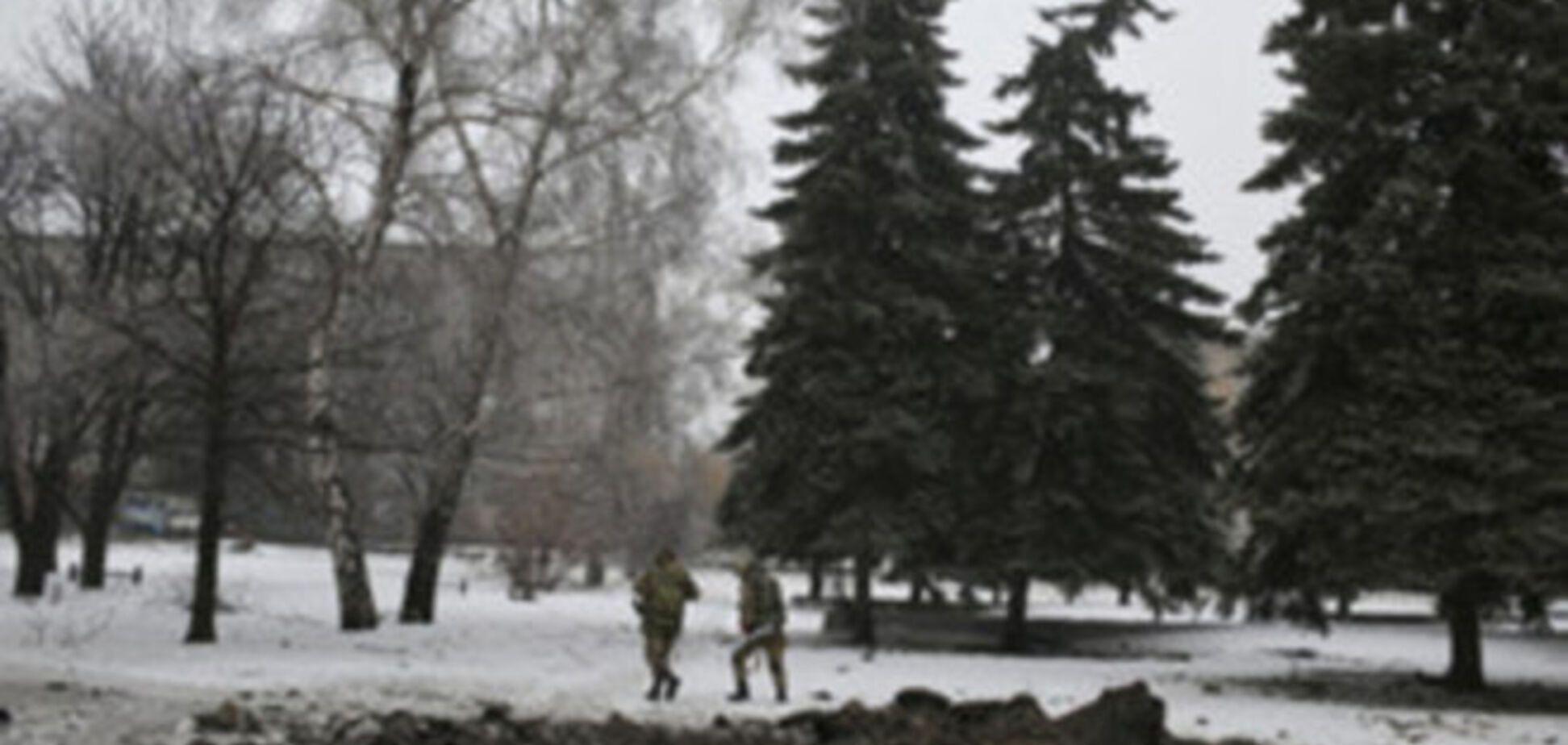 Враг лезет со всех щелей, но получает достойный отпор - журналист о ситуации с Дебальцево