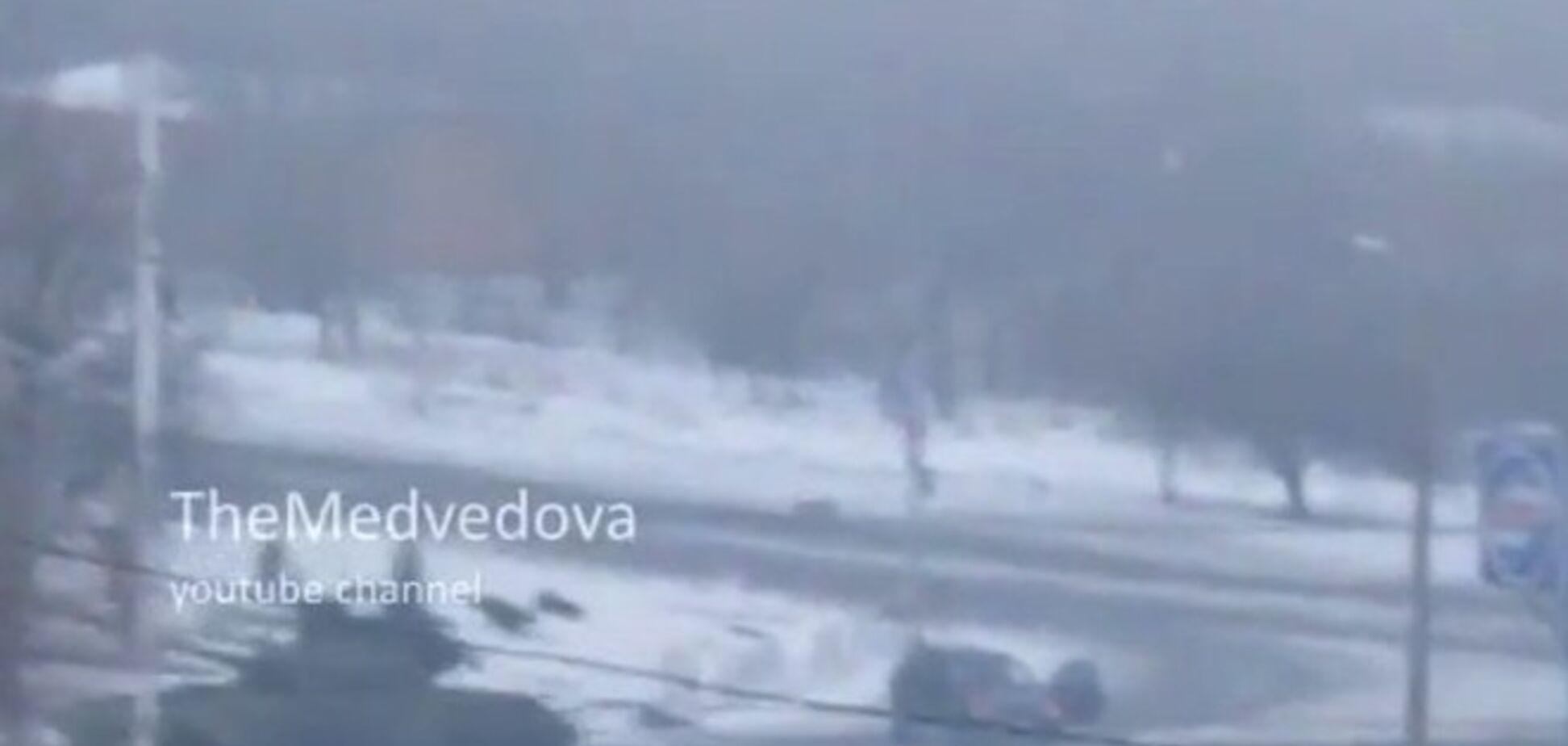 Колонна танков движется на Стаханов: видео от очевидца