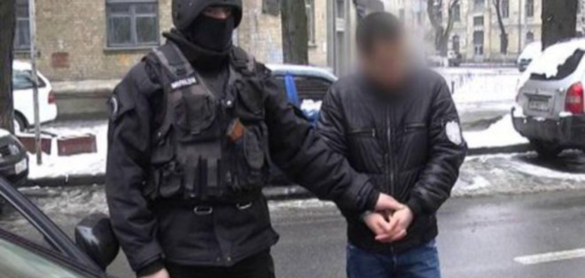 Милиция задержала киевлянина, который поставлял проституток в Россию