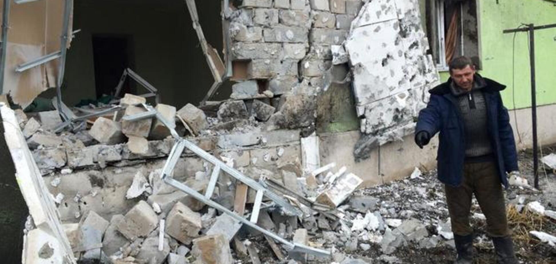 Боевики обстреляли позиции сил АТО в Станице Луганской, военные укрепляют оборону: фотофакт