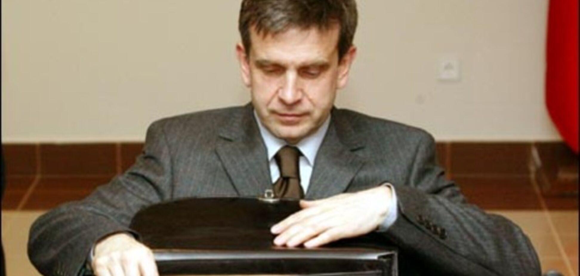 Российский посол испугался встречи, на которой представили доказательства участия РФ в войне на Донбассе