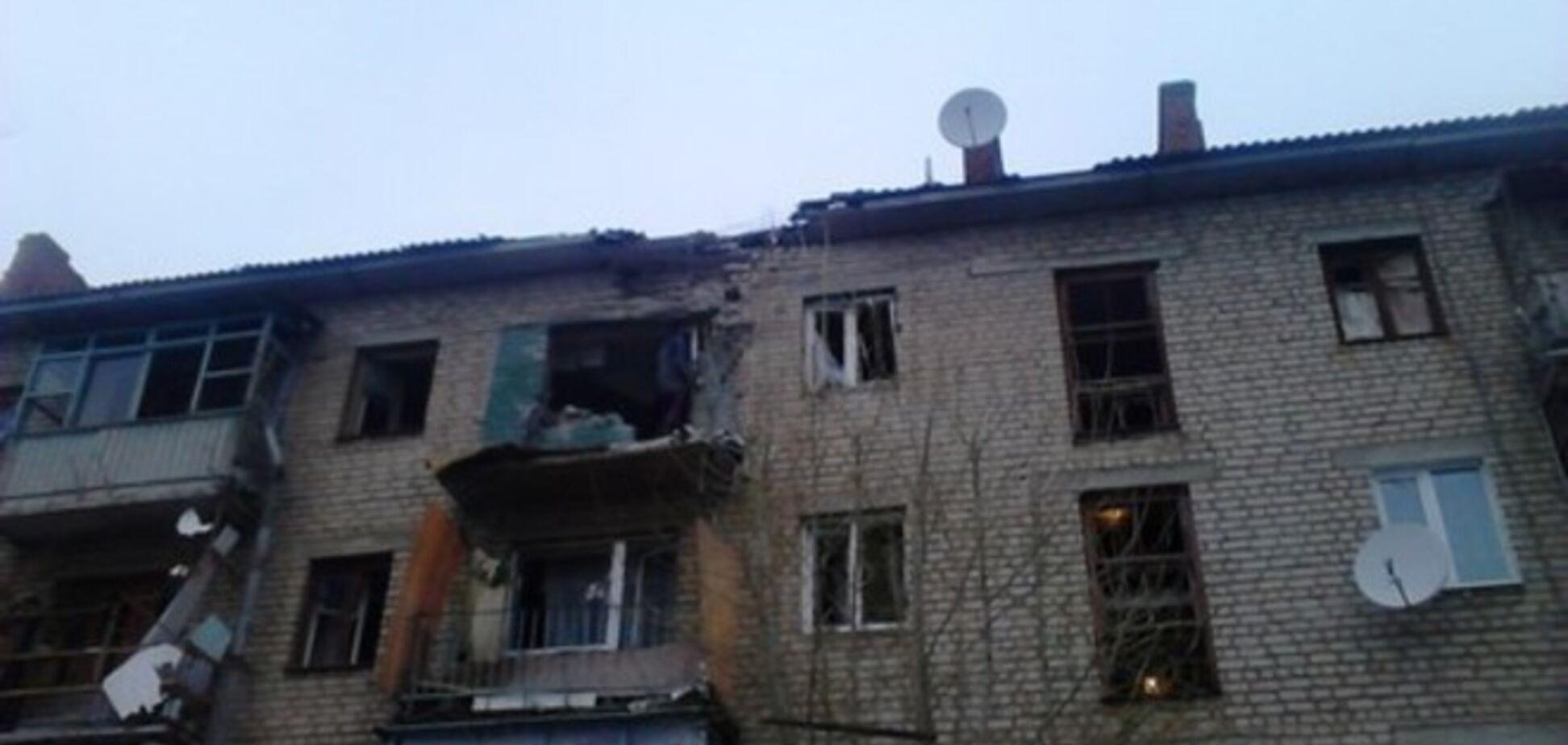 Ночью боевики обстреляли Счастье: ранены три человека, в том числе 7-летний ребенок