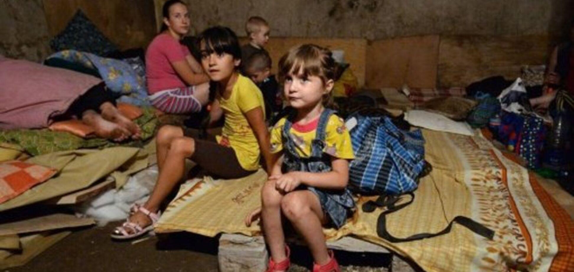 Более тысячи детей в Донецке прячутся в подвалах и бомбоубежищах - ЮНИСЕФ