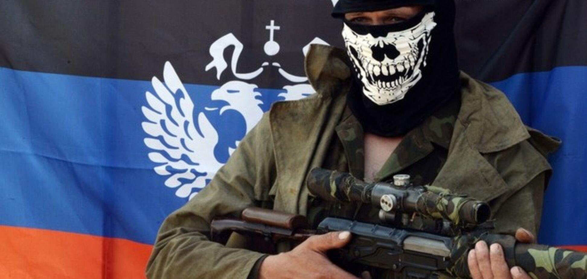 Боевики признались, что задержанные в Донецке диверсанты оказались россиянами