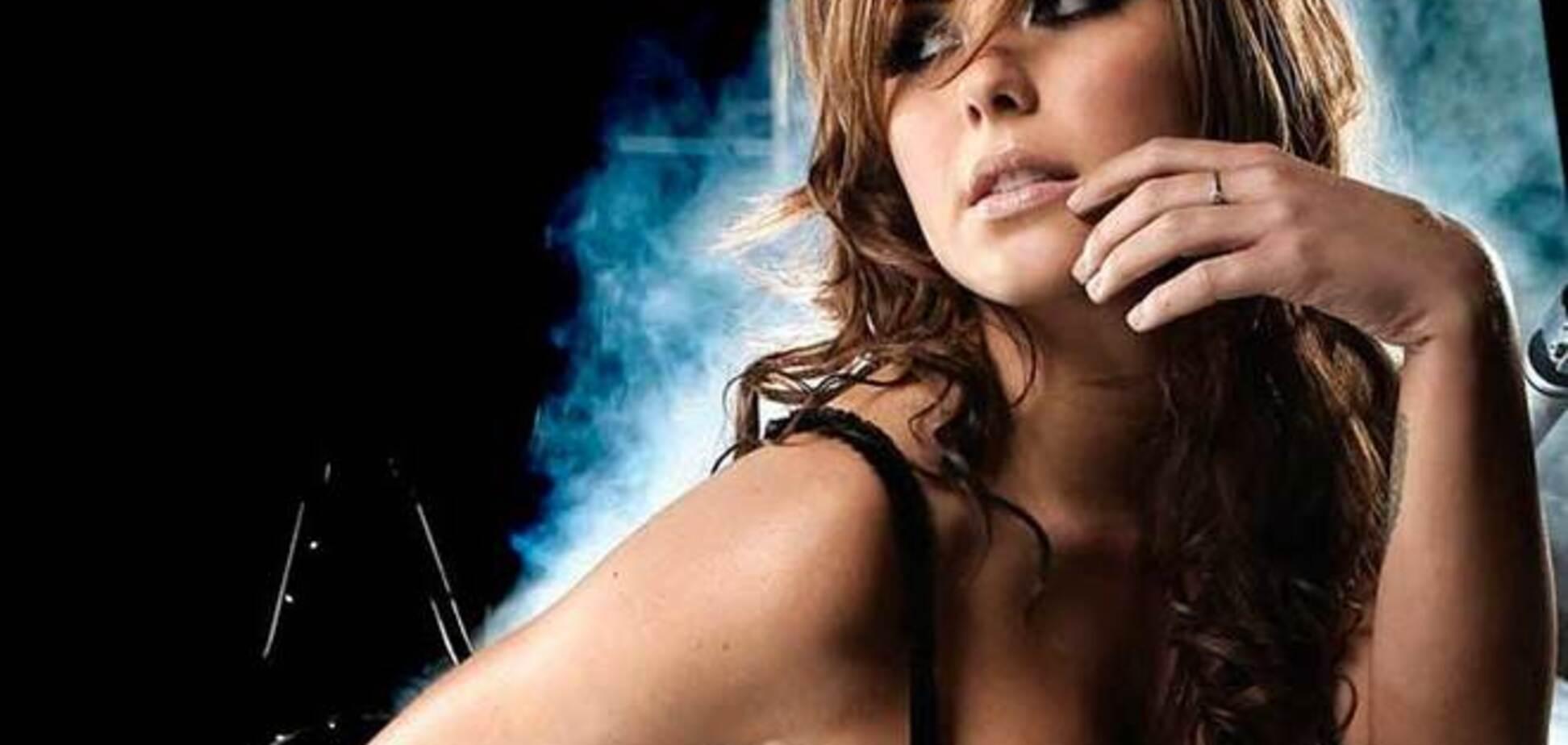 Самая красивая 'девушка ринга' радует поклонников сексуальными фото