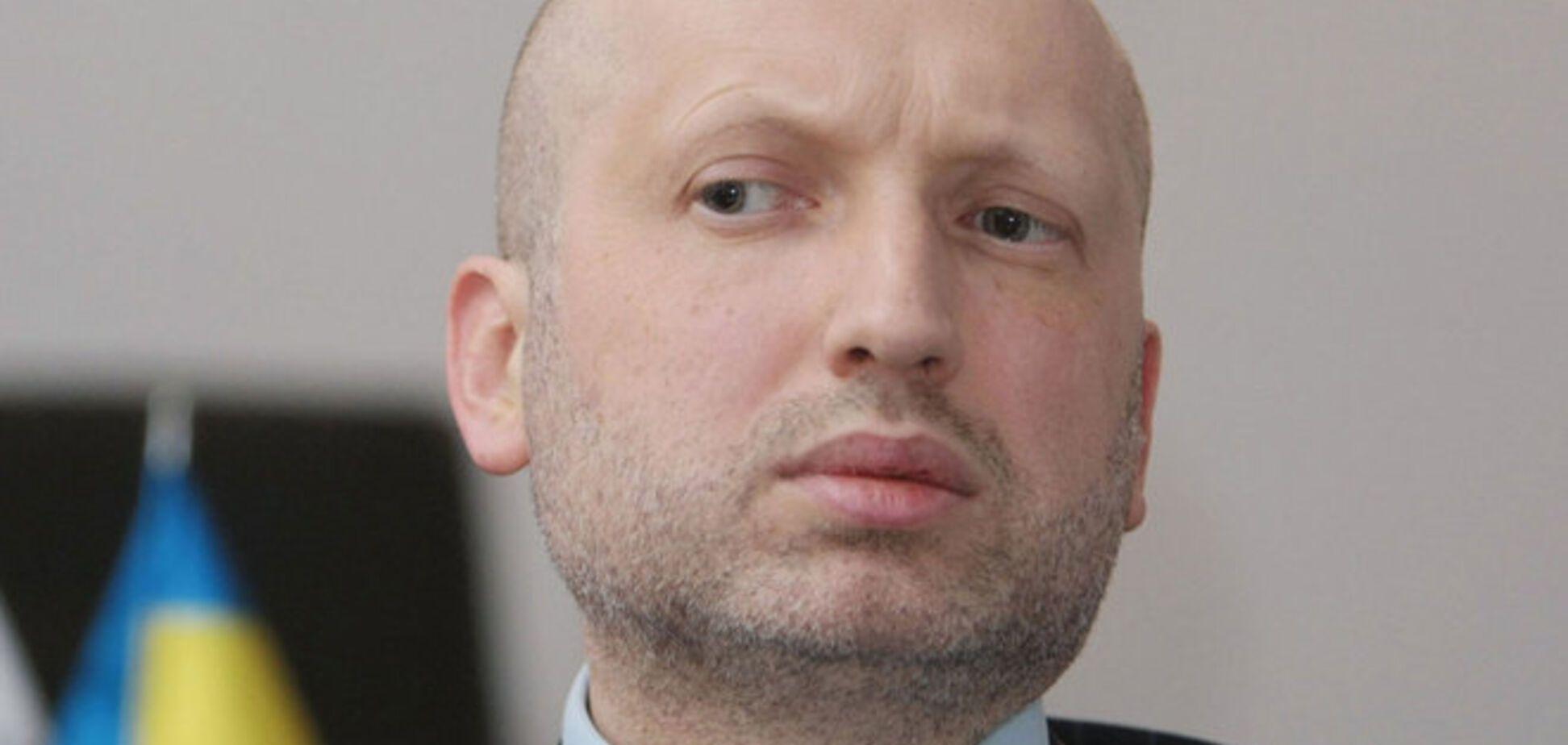 Турчинов рассказал о вооружении, которое используют против украинских бойцов на Донбассе