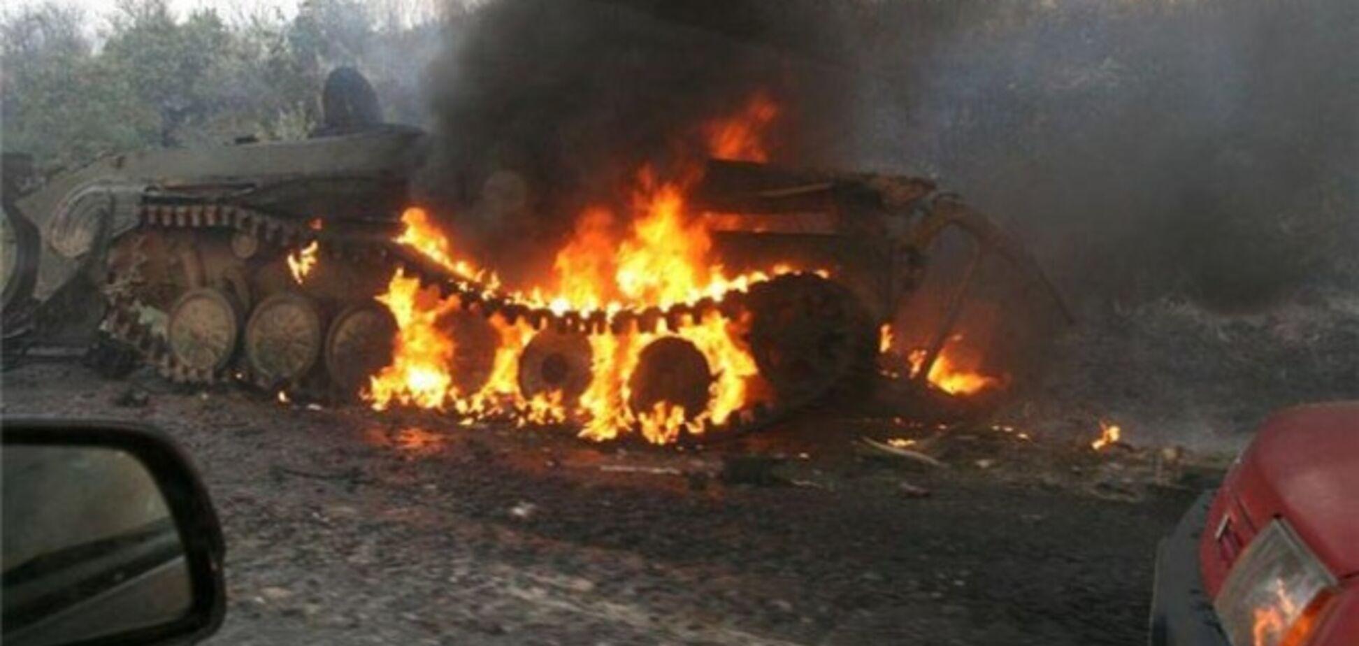Под Дебальцево уничтожены до 30 танков боевиков, донецкие морги переполнены - блогер