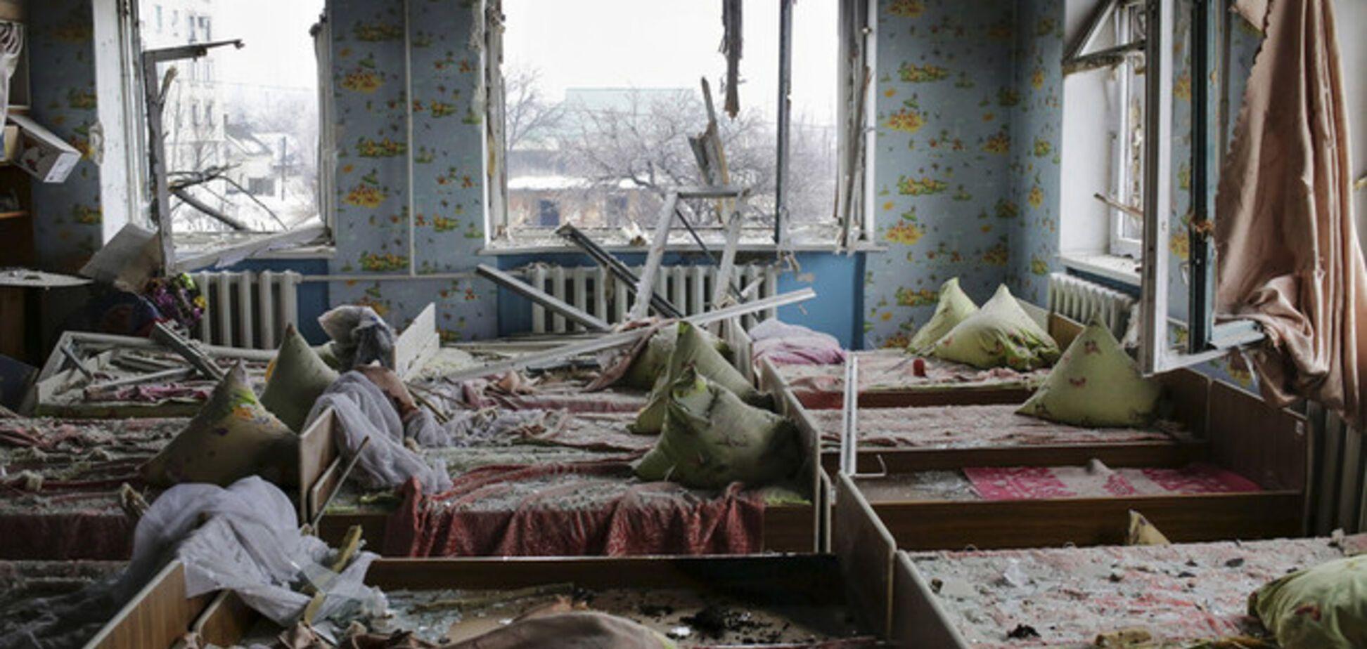 В Горловке из-за обстрелов террористов погибло трое мирных жителей, еще 19 ранены
