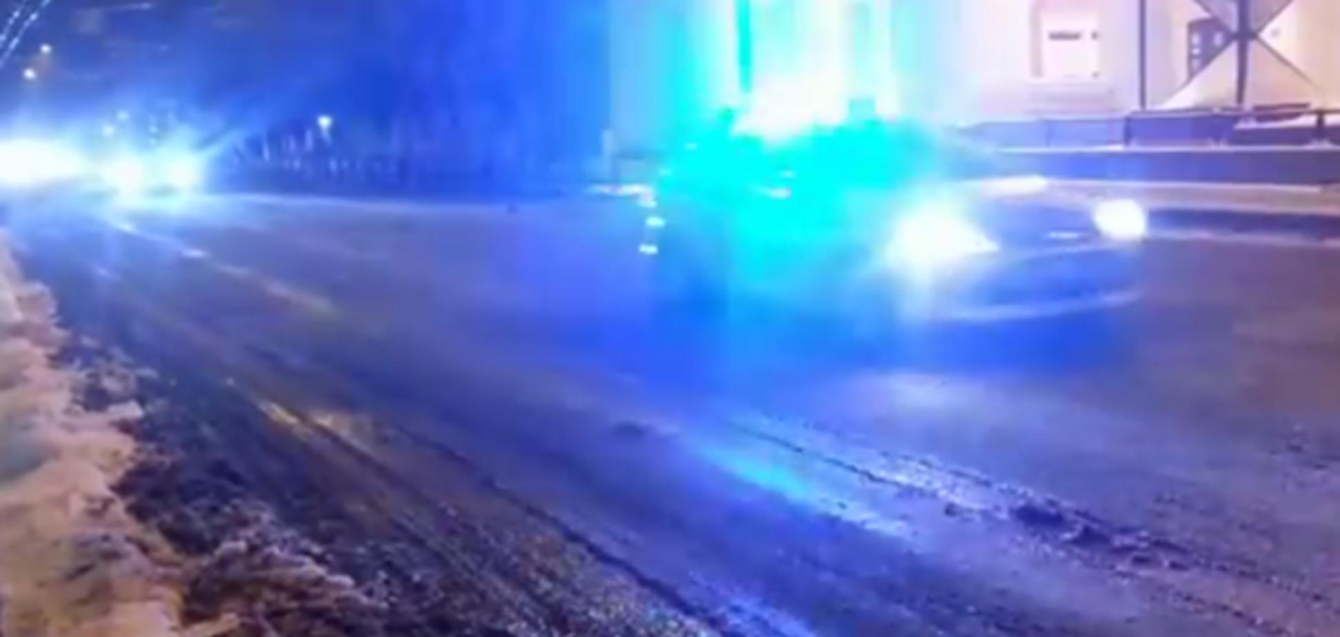 Опубликовано видео, как в Брянске одного Медведева кортеж из 16 автомобилей вез