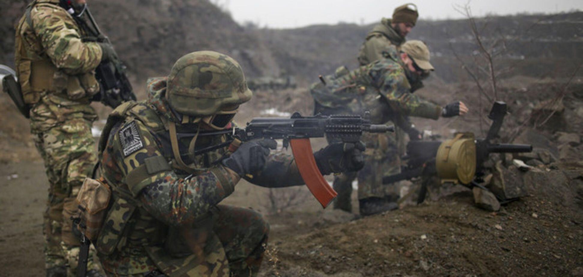 Боевыми действиями в районе Дебальцевской дуги руководит командующий АТО