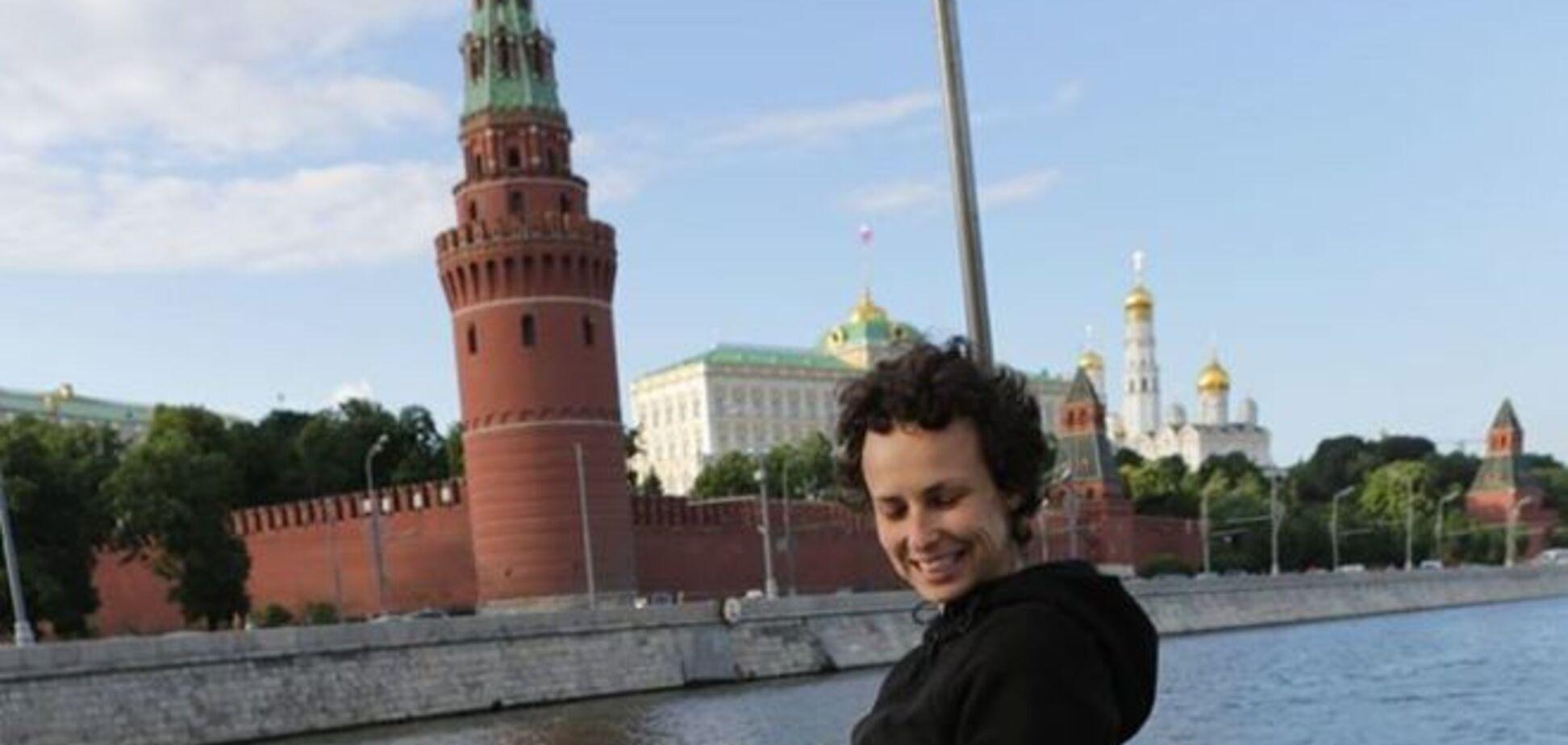 Певицу Чичерину объявили в розыск после концерта в оккупированном Луганске