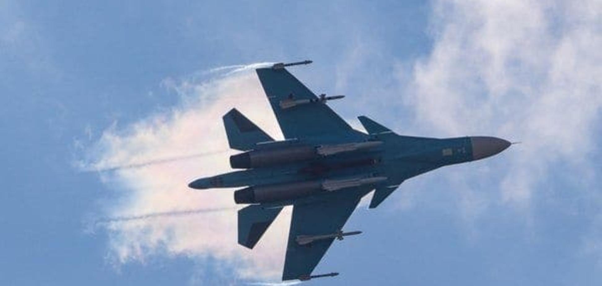 В сети появилось видео с якобы сбитым в Сирии самолетом ВВС России