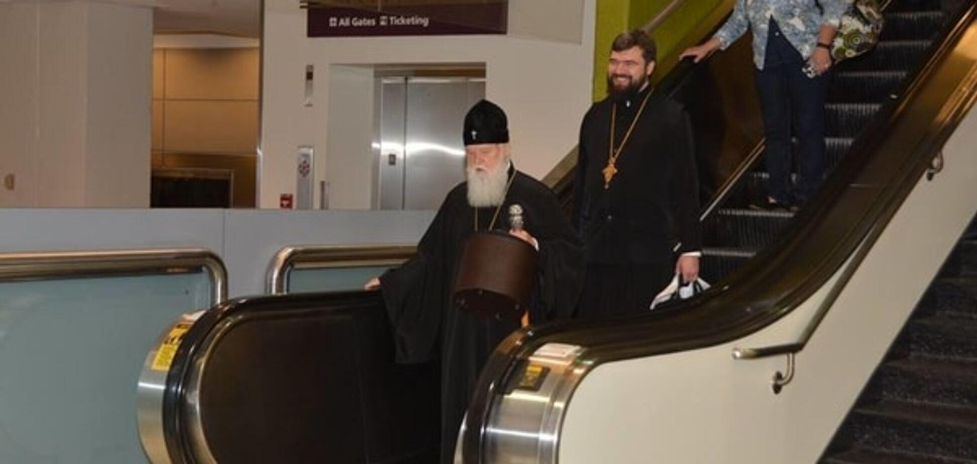 Журналисты показали, как путешествует патриарх Филарет: фотофакт