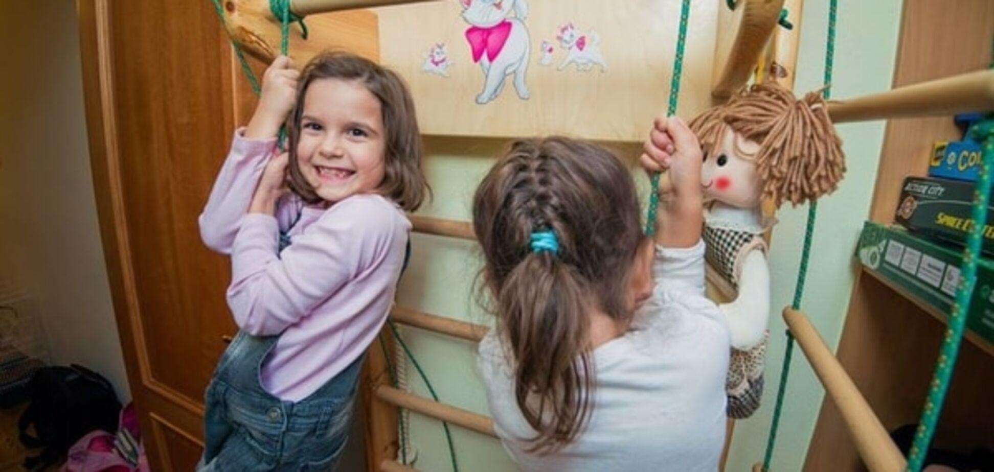 Как комфортно разместить 3-х детей в одной комнате: удивительное решение 'ребуса'. Фото интерьера