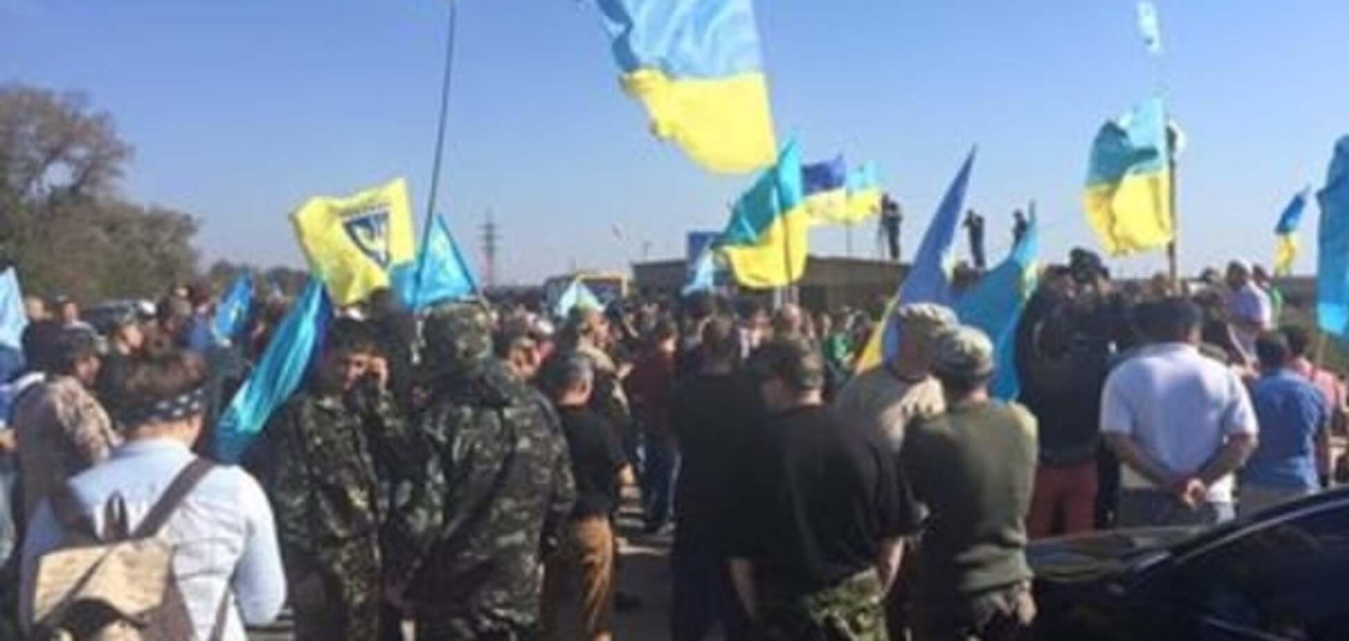 Аксьонов лякає кримчан 'знущаннями' і радить не їздити в Україну