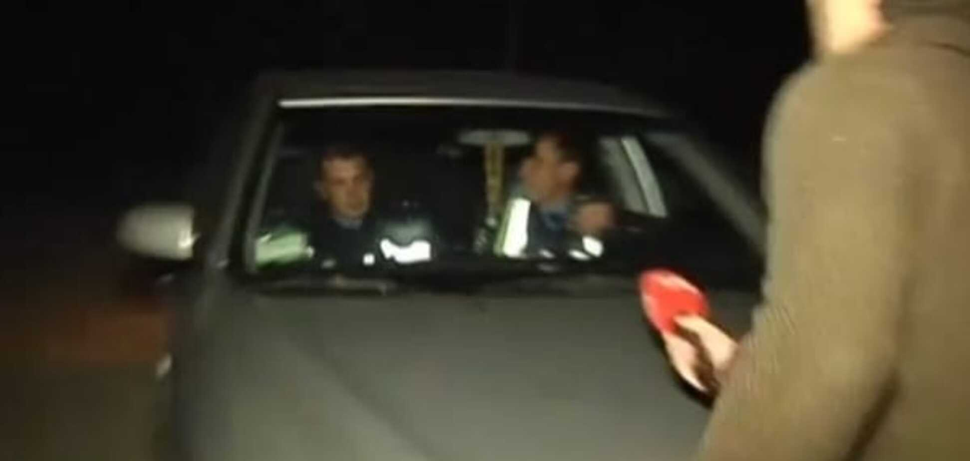 На Київщині двох ДАІшників спіймали на хабарі