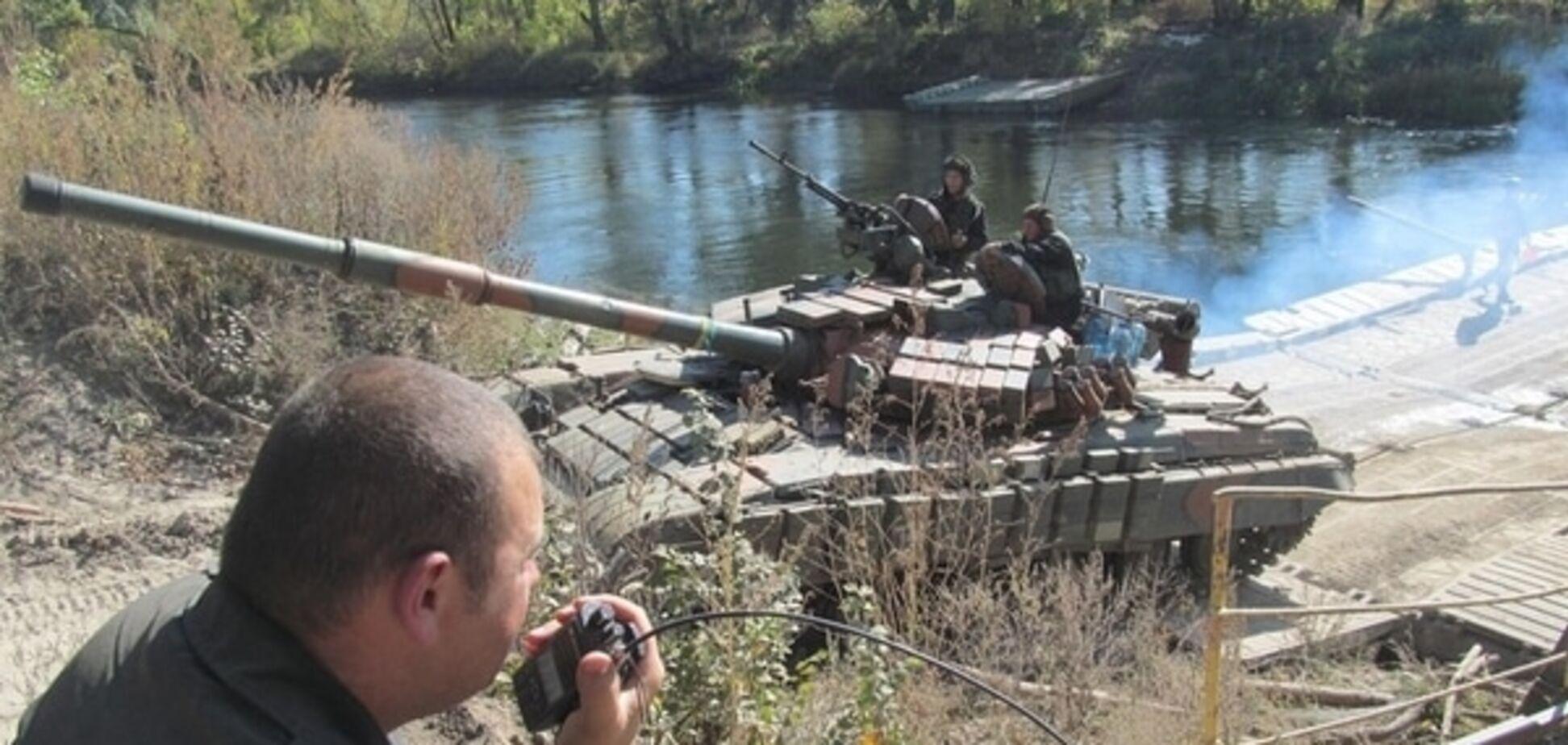 Відведення озброєння: луганський фронт прикриють артилеристи