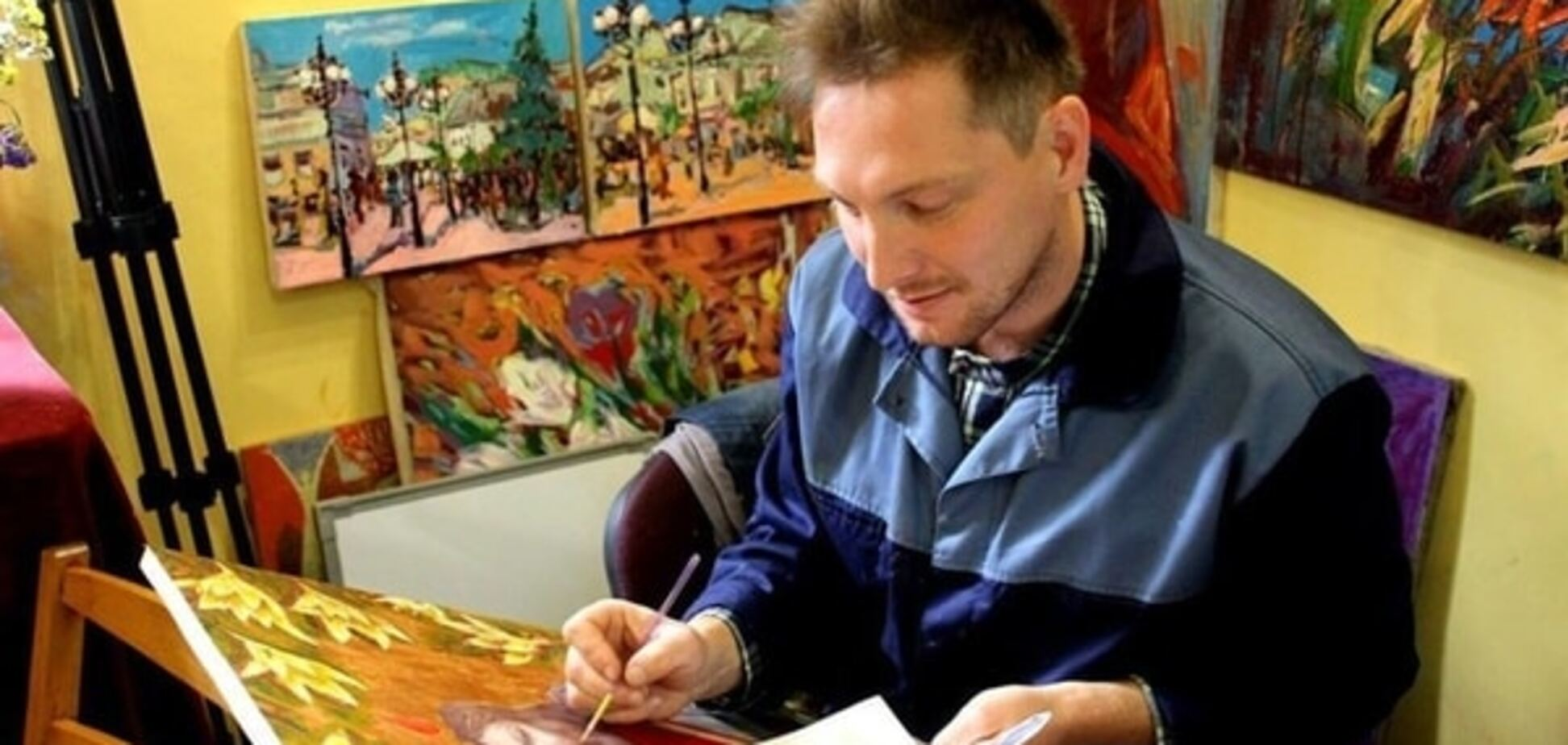 Боротьба за життя: як важкохворі українці заробляють на лікування
