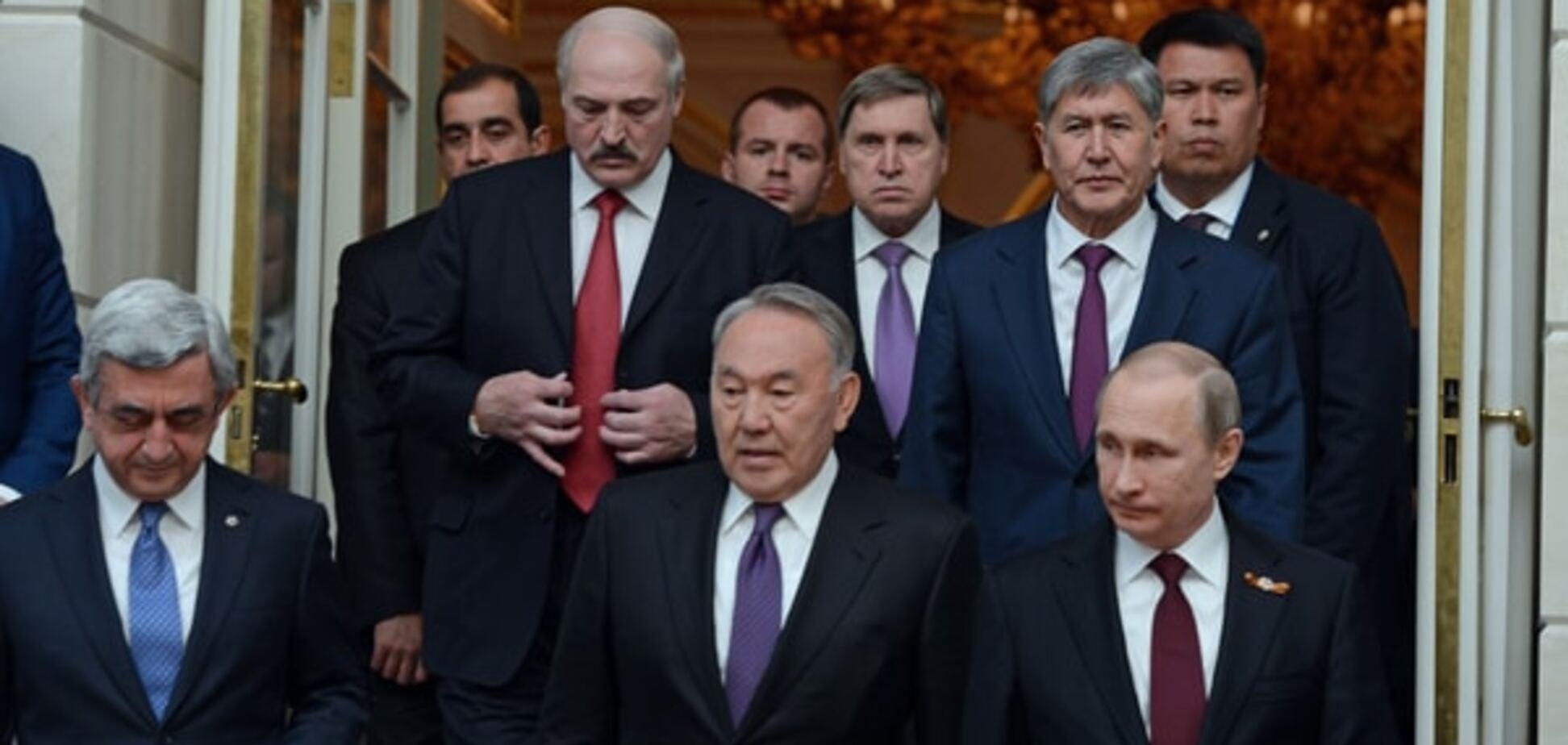 На гачку в Путіна: лідери країн СНД підписали ряд військових договорів