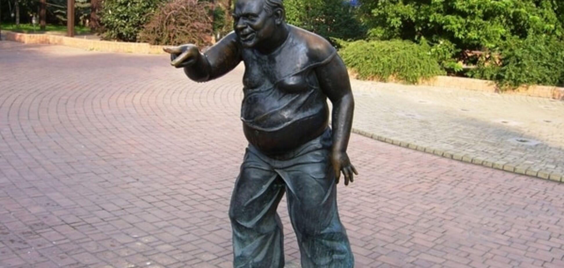 Джентльмени удачі: у Москві викрали пам'ятник акторові Леонову