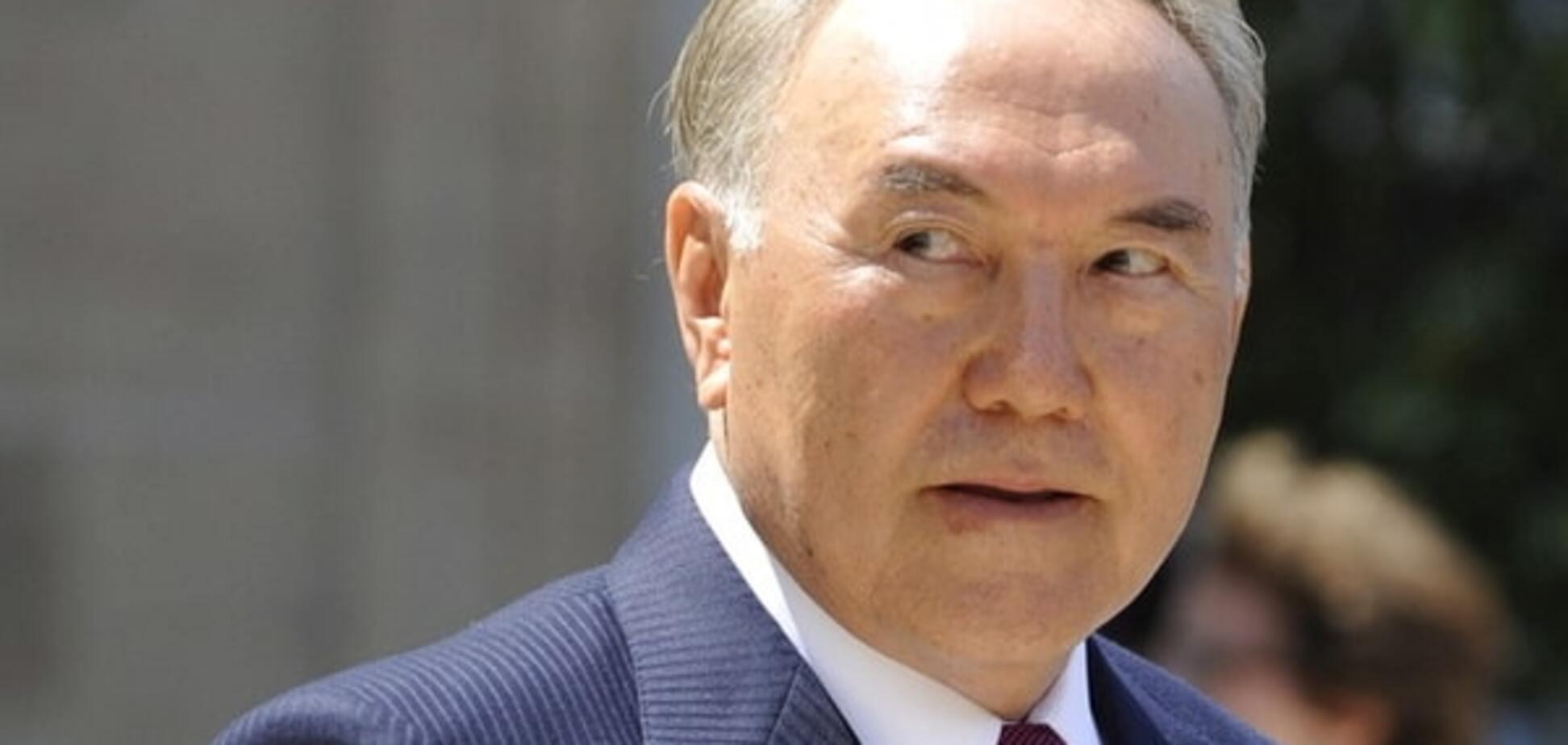 Миллиардер хотел сделать селфи с Назарбаевым: курьезное видео