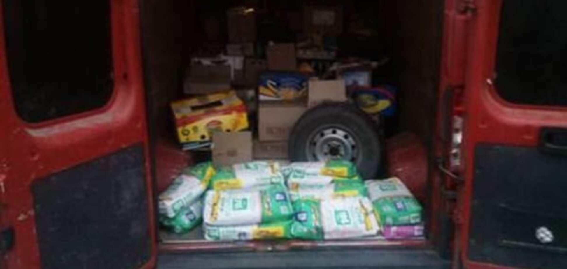 Силовики не пустили на Донбас чергові каравани контрабанди