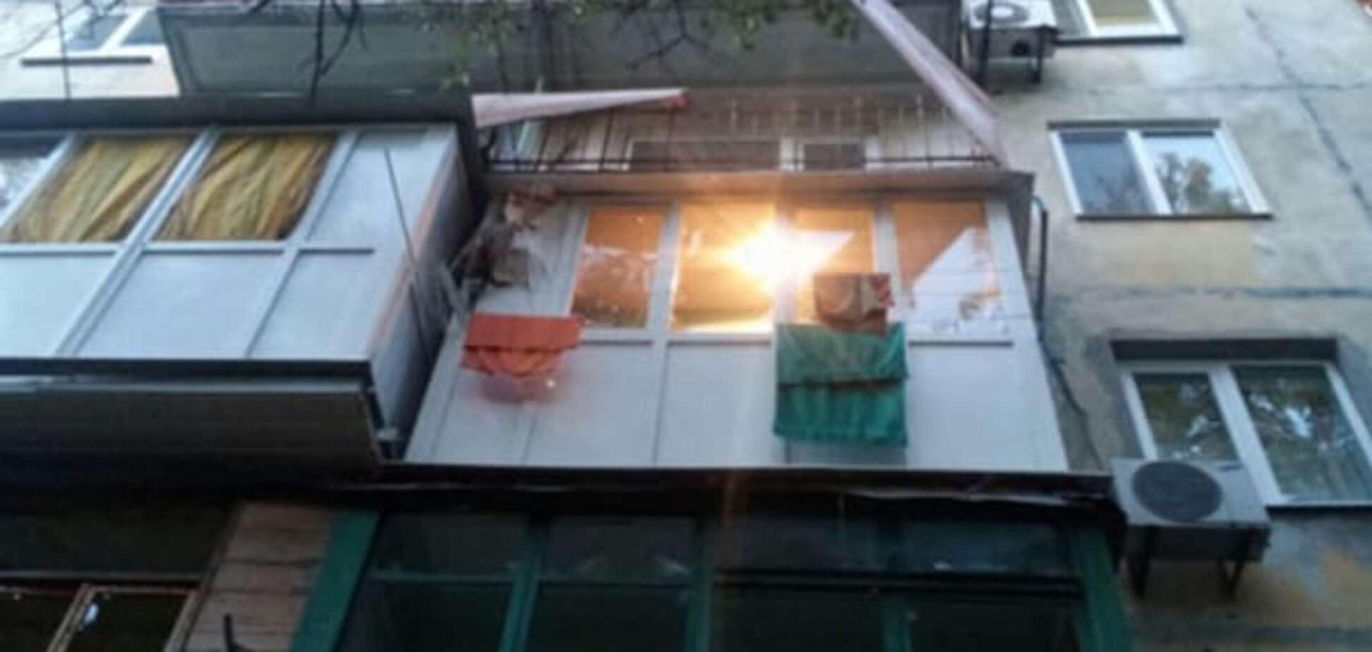 У Маріуполі з гранатомета обстріляли багатоповерхівку
